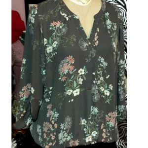 Maurices, Gray Floral Blouse Plus sz 20/22